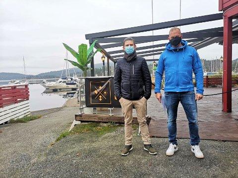 ÅPENT: Kjell Robin Johansen og Rolf Aslak Hansen håper folk vil fortsette å gå ut en gang i blant, all den tid smittervernreglene overholdes.