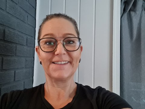 VIL SAMKJØRE: Caroline Hafström vil gjerne kjøre sammen med andre til sin nye jobb i Drammen.