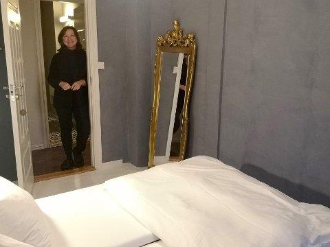 OPTIMIST: Hotelleier Maj Back ser positivt på 2021. Hun har allerede svært mange helgebookinger for neste sommer.
