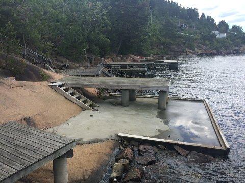 FRUSTRERT: Hytteeieren mener at utbyggingen i strandsonen er bygget på ulovlig grunnlag.