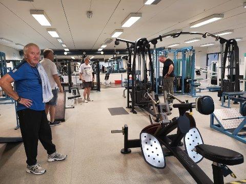 NYTT OG LYST OG UTVIDET: Treningssenteret i Sætrehallen har fått flere nye apparater, delvis nytt gulv og det er blitt lysere.