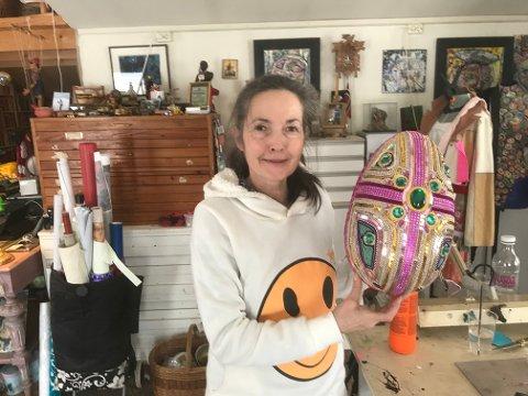 EGG? Susanne liker å jobbe tredimensjomnalt. Skal det være et kunstegg til påske?