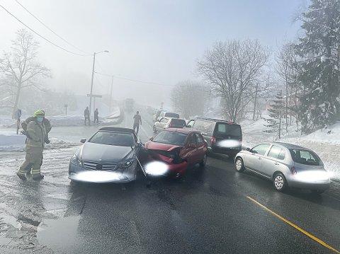 SMELL: Den ene bilen var hakket mer skadet enn den andre.