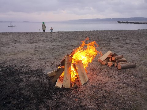 STRENGERE: Vinteren og våren er høysesong for bålkos, men fra 15. april til 15.s eptember gjelder reglen om generelt bålforbud. Dette inkluderer opptenning av åpen ild generelt. Men det finnes noen unntak, hvis er åpenbart at ilden ikke medfører brannfare.
