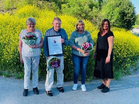 HEDRET: Leder i SIF, Kristin Auke Kværne (til h.) sammen med tre som ble hedret - fra v. Irene Eriksen, Sverre Dreier og Trude Johansen Bryhn.