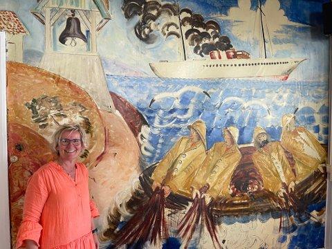 HJELP: Monica Aaen ved Holmsbu Badehotell ber om hjelp til å redde unik kulturskatt.