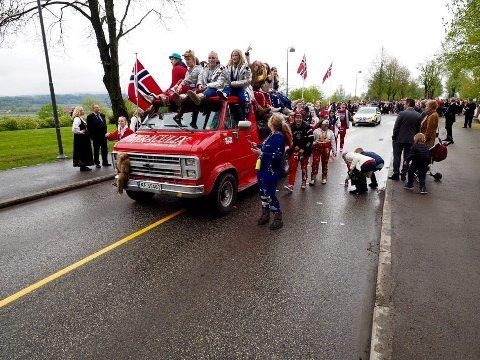 Arkivbilde fra 17. mai feiringen i Sande i 2018.