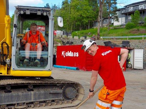 Variert: i 2017 var lærlingene Anders Wangsnes og Ivar Leikvoll glade forat de hadde lærlingeplass hos Kjeldaas i Sande.