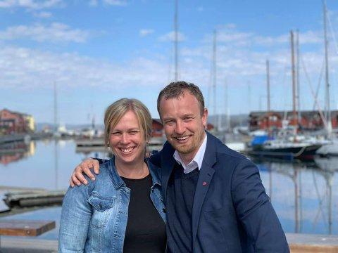 Ordfører Elin Gran Weggesrud og AP's fylkesordførerkandidat Svend Tore Løkslid.