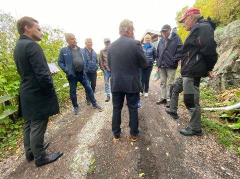 Stopp her: Utvalgsleder Per Harald Agerup måtte myndig avvise naboers ønske om å delta på hyttebefaringen. Foto: Jarl Rehn-Erichsen