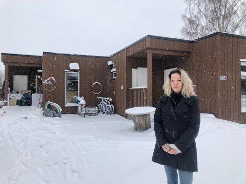 INGEN GOD LØSNING: Wanne Kristin Rosenvinge, har selv vært rusmisbruker, og mener å samle alle på et sted slik de har gjort i Sande, ikke er veien ut av misbruket.