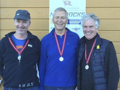Medaljørene: Yngve Stender (f.v.) Torvald Klem og Per Robert Jentsch tok de tre medaljene i helgens NM.Foto: Privat