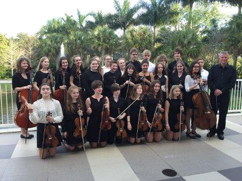 Gjorde intrykk: 25 ungdommer fra Vestfold, anført av dirigent David Foster-Pilkington, tok turen over Atlanteren i vinterferien. Der fikk de muligheten til å bli bedre kjent med hverandre, og spille i H.K.H. Kronprinsesse Mette-Marits kirke.