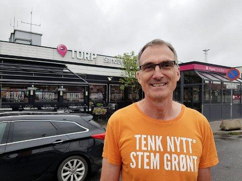 FORESLÅR ELFLY: Harald Moskvil i Miljøpartiet De Grønne mener Torp som testbase for elfly kan være med på å gi regionens teknologibedrifter interessante arbeidsoppgaver.