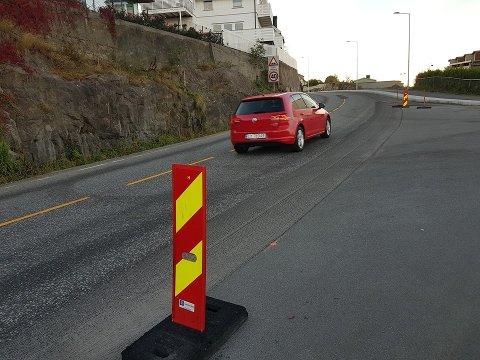 NY: Langs Framnesveien blir det langt ny asfalt både i veibanen og på fortauet.
