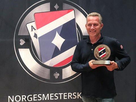 NORGESMESTER: Sandefjordingen Svenn Aage Lysebo danket ut flere profesjonelle pokerspillere under norgesmesterskapet, som varte fra forrige lørdag til tirsdag denne uken. Han vant turneringen Texas Hold'em Turbo.