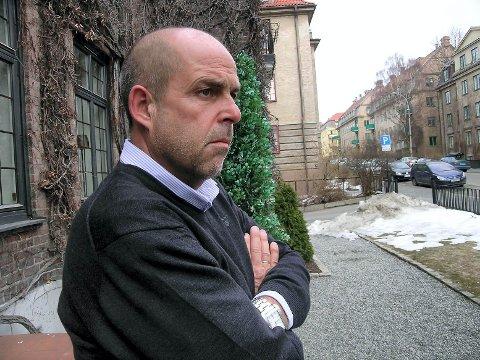 INGEN TRENGER Å HA DET SLIK SOM DEM I «EXIT»: Tidligere næringslivstopp og rusmisbruker Olaf Olsvik ga ut boka «Rus og Rolex» I 2014, og jobber for å hjelpe dem med et rusproblem. Også han har sett TV-serien «Exit».