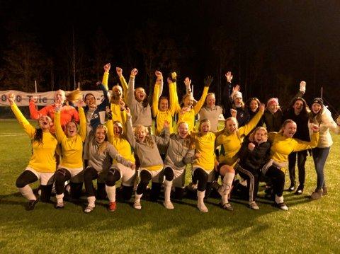 Først kvarteret før full tid, satte jentene fra Helgerød/GØIF inn sitt første mål mot Teie. 20 minutter senere hadde de banket inn ballen fire ganger - og sikret opprykk til 3. divisjon.