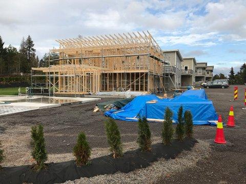 AVSLÅTT: Søknaden for dette bygget ble avslått i juni. Bildet er tatt 4. oktober.