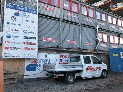 ENTREPRENØR: Stokke Bygg AS har blant annet oppdrag på Nye Kilen Brygge. Politimesteren i Sør-Øst har gitt en bot på 8.000 kroner til eier og daglig leder og et inndragningsforelegg til firmaet på 16.000 kroner.