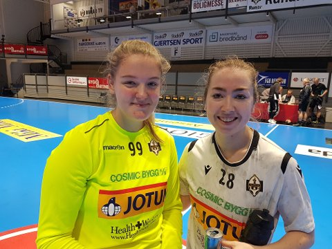 Debutantmålvakt Stefania Di Sansimone Sørensen og toppscorer Martine L. Turøy var fornøyde etter seier nr. 10