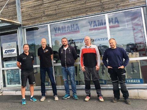 NYTT SAMARBEID: Vestfold Maritim har kjøpt opp, og inngått samarbeid med Speed Båtsenter. Fra venstre: Per Arne Jahren-Andersen, Johnny Abrahamsen, Robert Myhre Hansen, Rolf Nilsson og Ken Gustavsen.