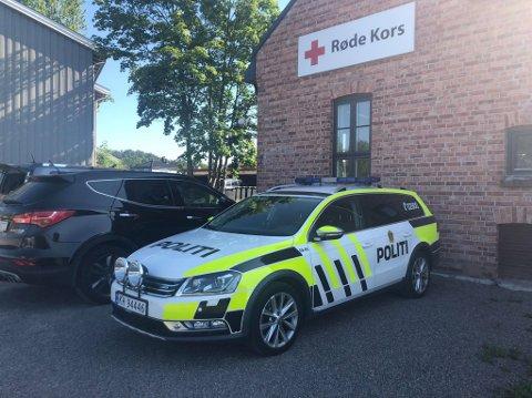 NY BASE: Politiet har opprettet hovedbase på Røde kors-huset i Sandefjord.