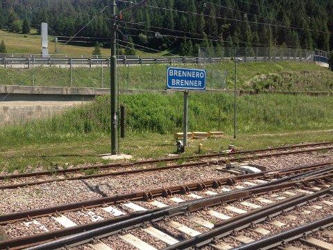 KOBLET SAMMEN: Togskinner binder Europa sammen, som her i Brenner-passet på grensen mellom Italia og Østerrike. Skinnene gjør avstander små og behovet for samarbeid stort.