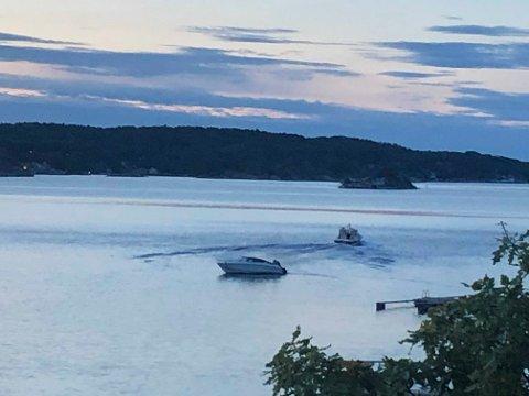 STANSET TYVERIFORSØK: Båteieren rakk å ta bilde av tyven som forsøkte å ta båten hans. Tyvens båt er den lensgt unna kamera, mens den nærmest en båten som ble forsøkt stjålet.