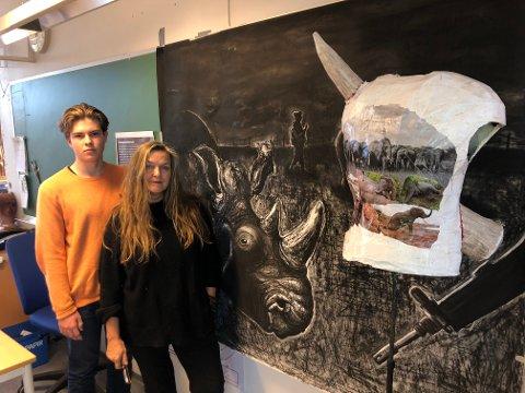 ELEV/LÆRER: Victor Wold og Nina Heum har rustet seg til kamp for å beholde kunst, design og arkitektur på Sandefjord videregående skole.