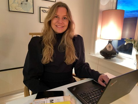 Annette Sandstå stortrives i den nye jobben i nettapoteket Farmasiet.