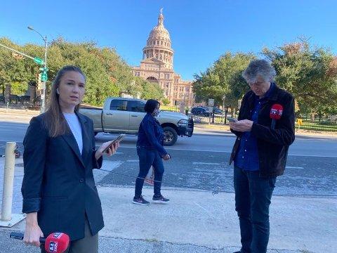 DIREKTE: Natalie Remøe Hansen fra Sandefjord var en av 13 fra VG som dekket årets valg i USA. Her er hun sammen med Anders Giæver i Austin i Texas på valgdagen.