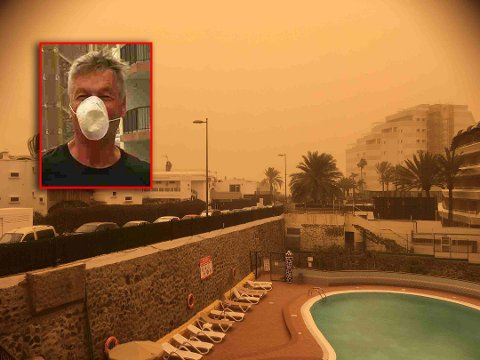 SER IKKE SOLA: Støvet ligger tett som tåke i Playa del Inglés, forteller Knut Rugsveen.