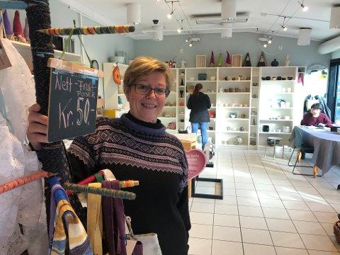 ÅPNET BUTIKK: Butikkleder Mariann Brattås og YME Produkter holder til i Stokke senteret i Sandefjord.