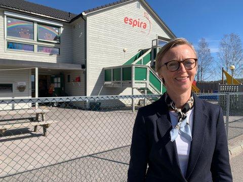 BEKYMRET: Heidi Fevang Davidsen frykter beklastningen på de ansatte kan bli for stor i fremtiden. Den bekymringen deles med mange andre ledere av barnehager i Norge.