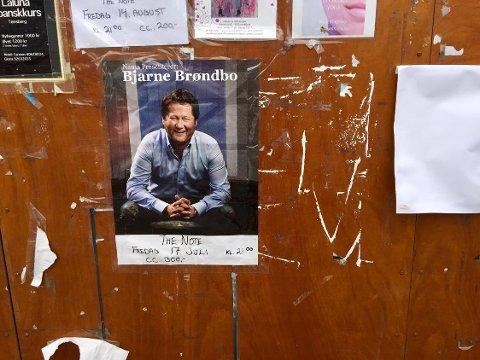 BJARNE PÅ PLAKATEN: Fredag kommer Bjarne Brøndbo til The Note. Konserten starter klokken 21.00. FOTO: Vibeke Bjerkaas