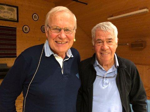 GLEDER SEG: Arne Scheie og Egil «Drillo» Olsen ser fram til å holde quiz i Kurbadhagen.