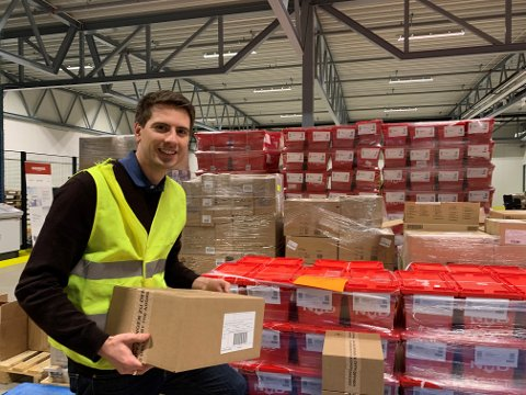 EKSPLOSIV SALGSØKNING: Hans Kristian Furuseth (32), daglig leder hos netthandelsaktøren Farmasiet i Sandefjord. Pressefoto