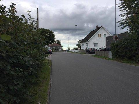 HVOR?: Kan du se det viktige skiltet i Klavenesveien? FOTO: Vibeke Bjerkaas