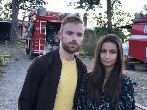 HUSBRANN: Dostál Dávid og Romana Janáková bor i huset som begynte å brenne i Melsomvik torsdag morgen. Nå må de flytte inn til svigermor/mor inntil videre.