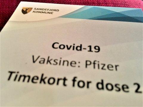 MØT OPP: Sandefjord kommune ber alle møte opp til vaksineringstimen de har blitt tildelt.