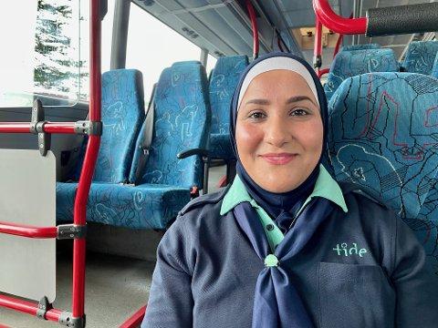 KAN GJØRE ALT: Siden Soror Majed Hamza kom til Norge har hun stiftet familie, fullført skolen og fått seg fast jobb. – Jeg som kommer hit kan gjøre alt, forteller Soror som en oppfordring til andre
