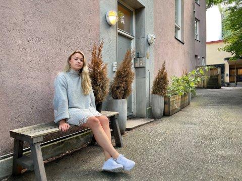 MAKTESLØS:  Ida Berggren trodde det var feil da hun fikk vite at leiligheten var ubeboelig. Mye tyder på at den i en årrekke er blitt solgt som bolig, uten å være godkjent.