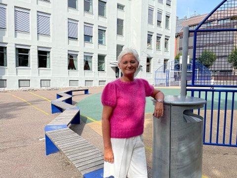 SLÅR TILBAKE: Anne Strømøy sier Sandefjord har en skole som utjevner de sosiale forskjellene.