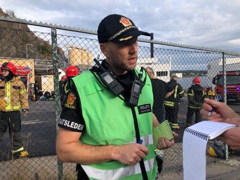 INNSATSLEDER: Geir Solberg kunne ved 17-tiden konstatere at brannen på Jotun var under kontroll.