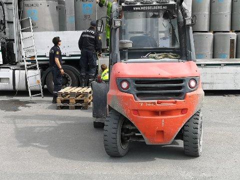 ULYKKE: En mann (40) er fraktet til SUS etter en arbeidsulykke på Sviland.
