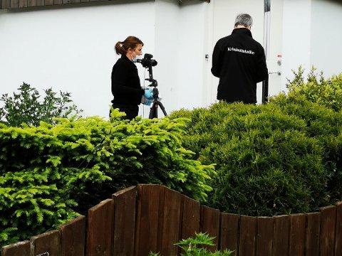 Politiet etterforsker vandalisering i ekteparets bolig.