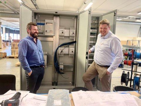 Det er ingen tvil om at Odd Ivar Mattingsdal og Geir Hegelstad trives sammen på jobb.