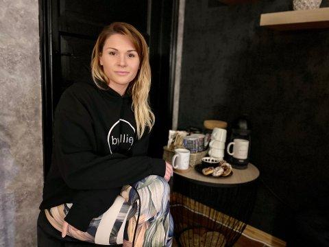 Elisabeth Tjosevik startet salong i sitt eget hus.