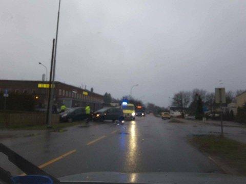 To biler har kollidert på BRA veien.